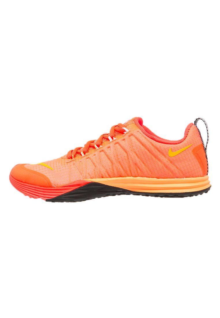 Nike Performance LUNAR CROSS ELEMENT Zapatillas fitness e indoor hot lava/bright citrus/bright crimson