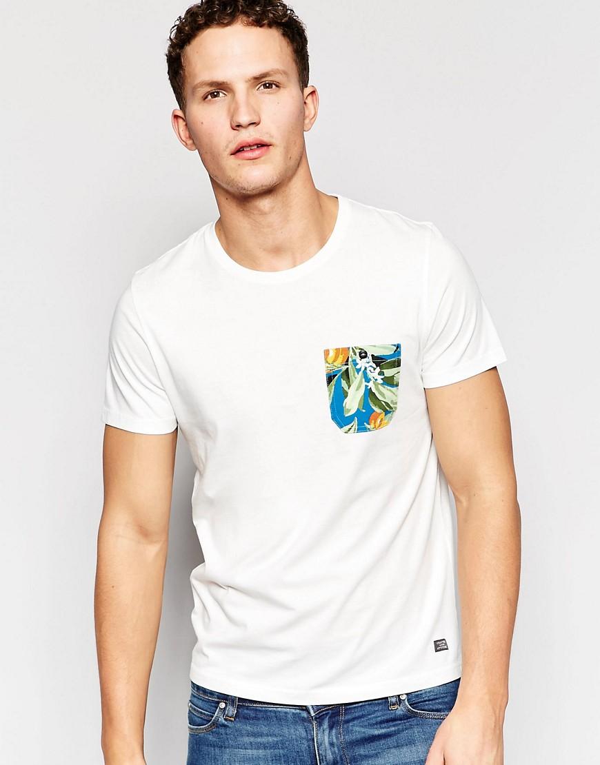 Camiseta con bolsillo con estampado floral en contraste de Jack & Jones