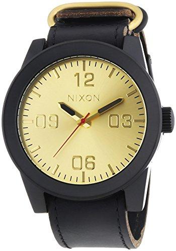 Nixon Corporal Black Gold - Reloj de cuarzo para hombre, correa de cuero color negro