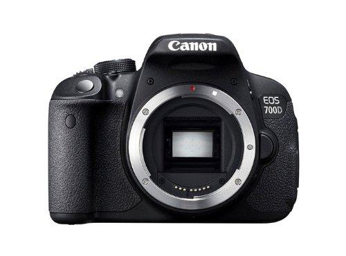 CANON EOS 700D + SIGMA 17-70 F2, Macro OS HSM Contemporary 8-4 DC
