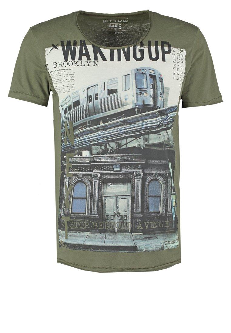 TOM TAILOR DENIM BASIC FIT Camiseta print oak leaf green